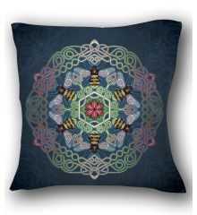 Celtic bee Pillow